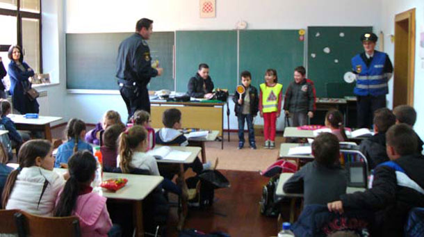 policija-grude3