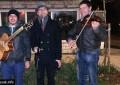 Mostarski glazbenici svirkom na ulici obogatili blagdansku šetnicu