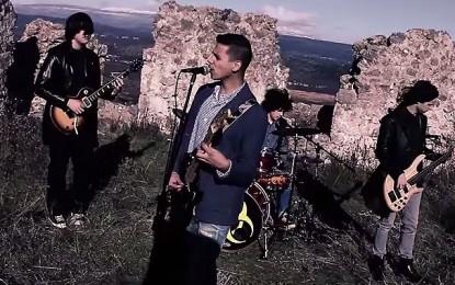 Pogledajte spot za novi singl 'Ljubavna' hercegovačke rock grupe 'Nešto između'