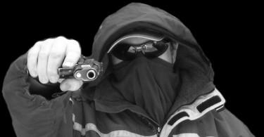 razbojnik_pistolj