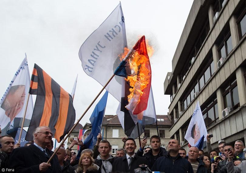 seselj_zastava