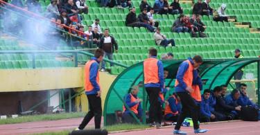 Petarda pukla na licu igrača Danijela Kožula