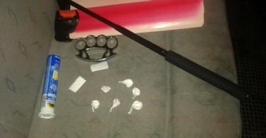 Oko šest grama kokaina, teleskopska palica i bokser pronađeni kod S. E.