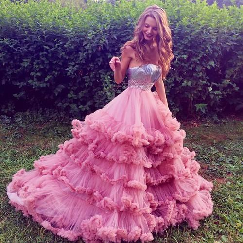 10 Stvari Koje Nikad Ne Bi Smjela Obući Na Vjenčanje Ako Si