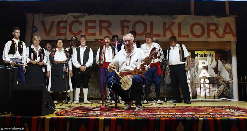 vecer_folklora_sb_1