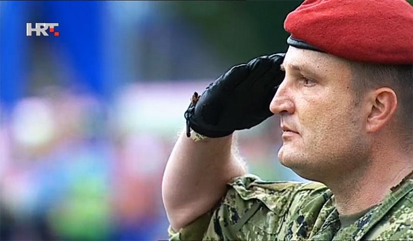 vojnik_hrt