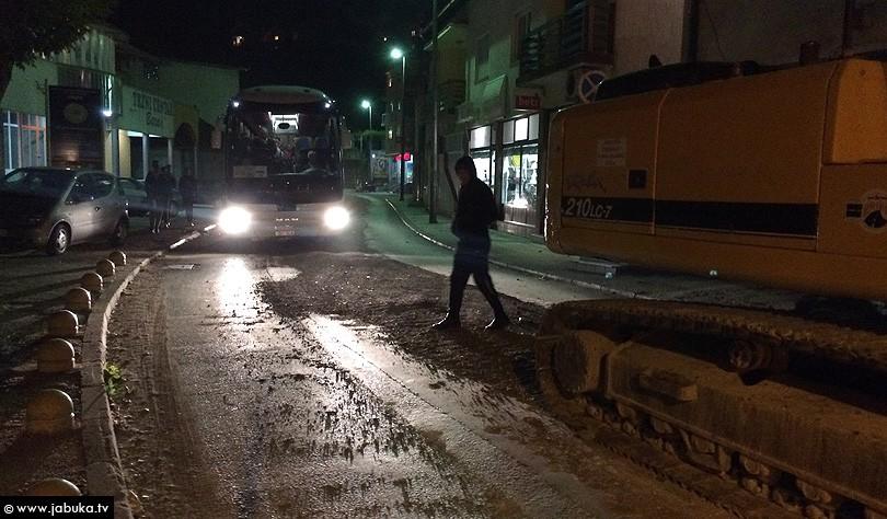 autobus_ulica_zatvoreno