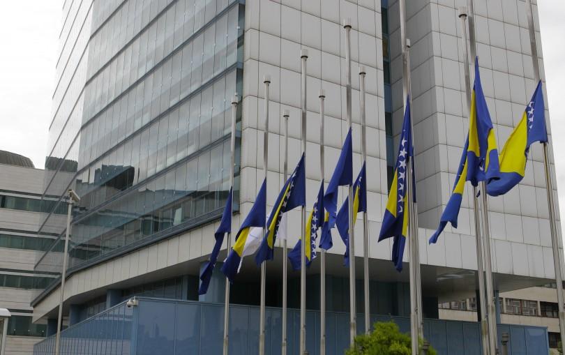 dan_zalosti_zastava