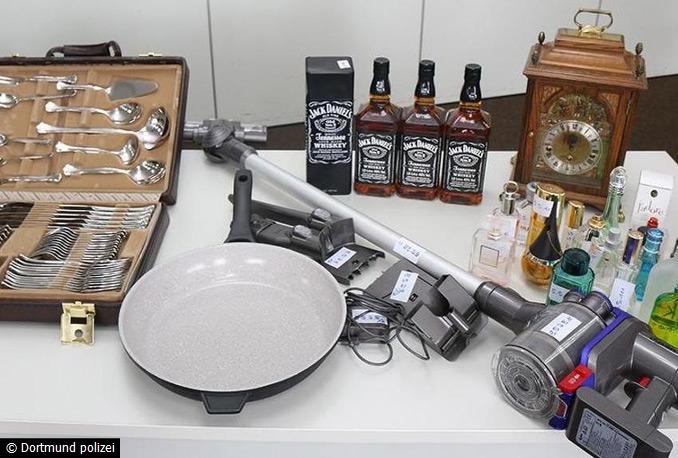 njemacka-kradja-predmeti4