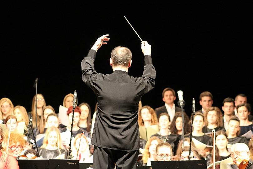 zbor_dirigent