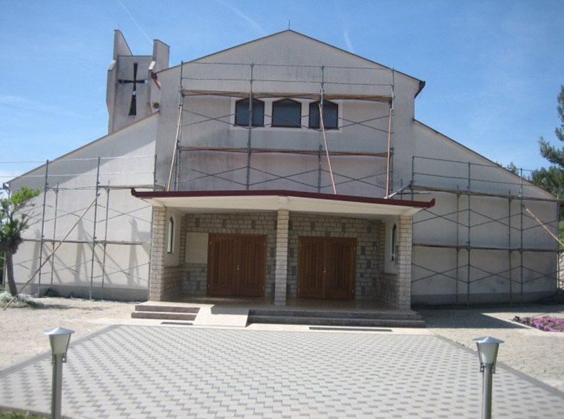 crkva-dobric