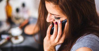 mobitel_djevojka_2