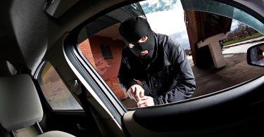 kradja-automobila-lopov