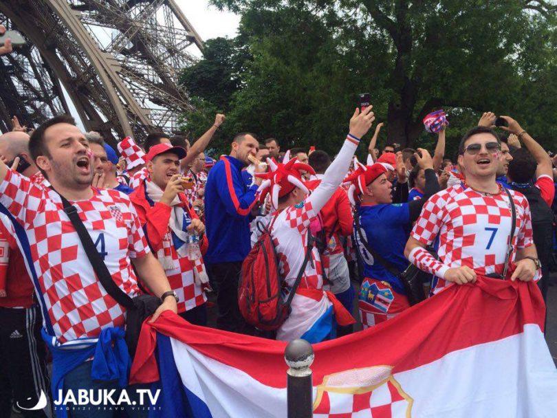 HRVATSKA-TURSKA-stadion-euro2016-13