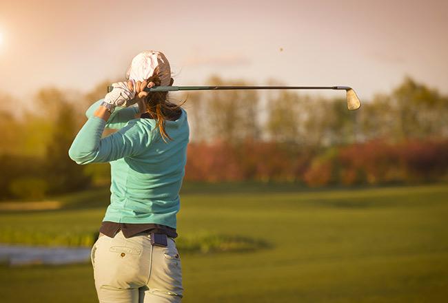 resort-girl-golf