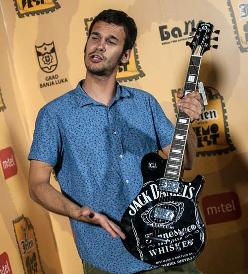 jack-gitara2