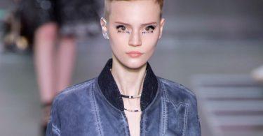 louis-vuitton-ear-makeup-ss16