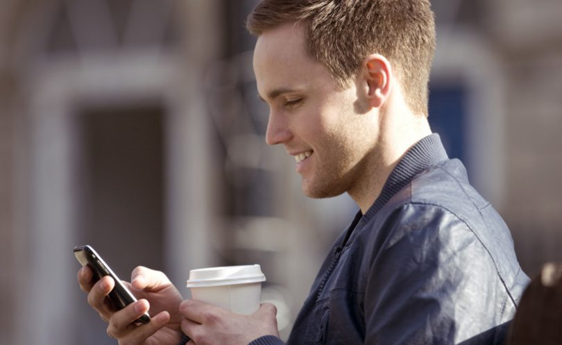 covjek_smartphone