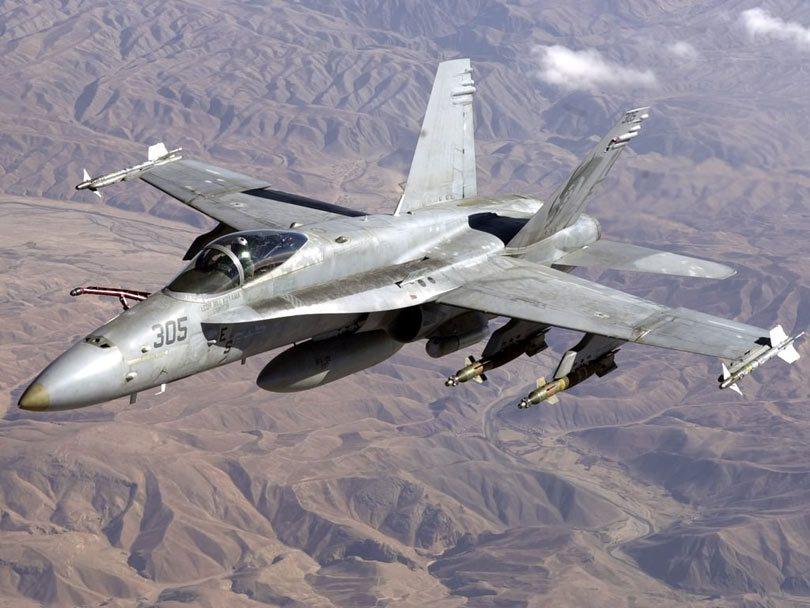 borbeni_zrakoplov_fa18-hornet