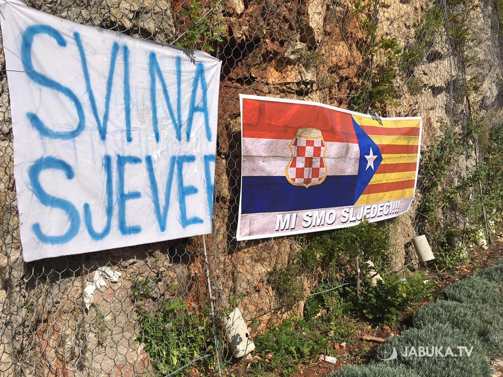 Zastave Herceg Bosne I Državne Zastave Se U Mostaru 24bec9b2