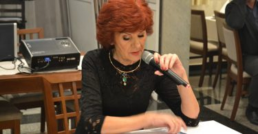 Zora Mikulić