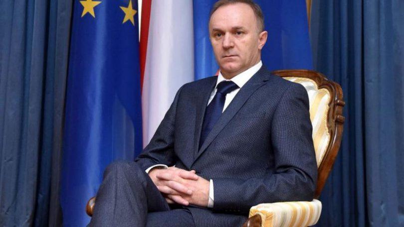 ZBOG AFERE 'SMS': Savjetnik hrvatske predsjednice za odbranu i nacionalnu bezbjednost Vlado Galić podnio ostavku