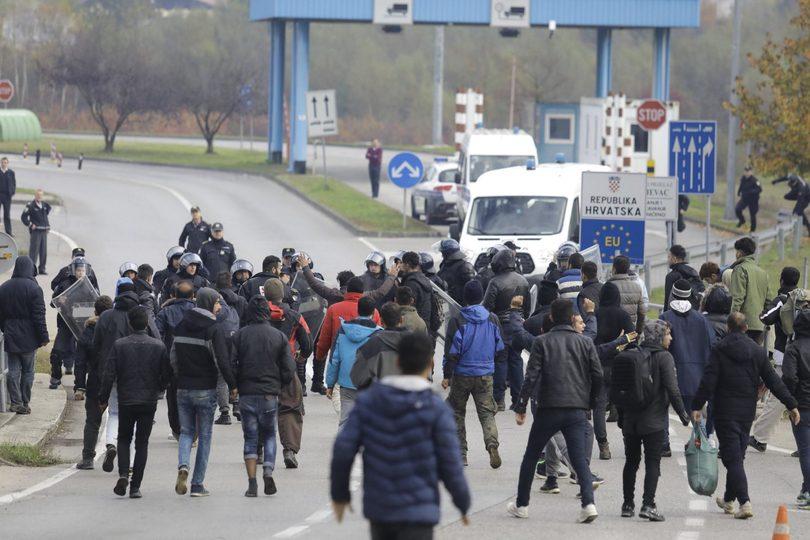 Image result for migranti silom ulazak