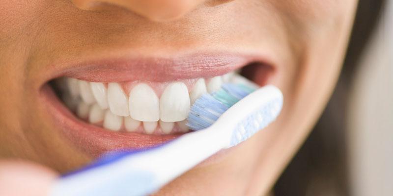 Trakice za izbjeljivanje zubi dm