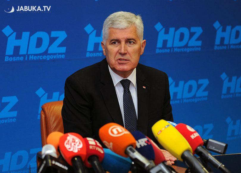 Dragan Čović, predsjedatelj Doma naroda Parlamentarne skupštine BiH, predsjednik HDZ-a BiH i HNS-a BiH,