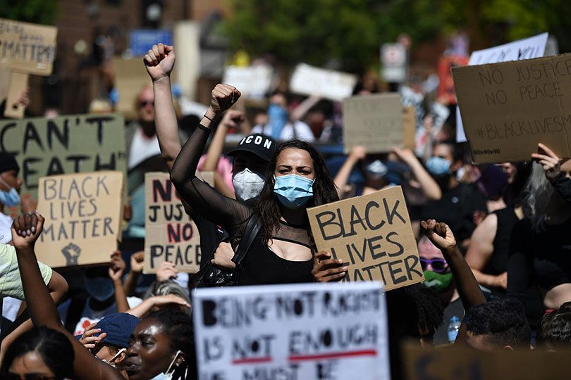 Ne jenjavaju prosvjedi protiv policijske brutalnosti i rasizma u ...