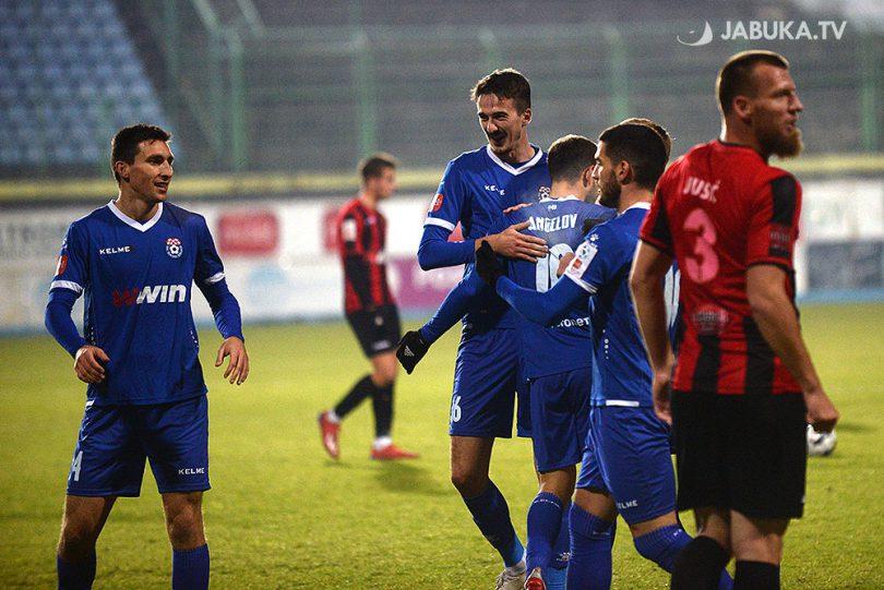 Stjepan Radeljić, Mateo Marić, Toni Jović i Viktor Angelov slave pogodak